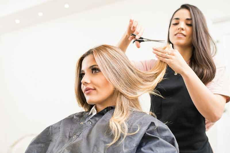 Najbolji kurs za muškog i ženskog frizera